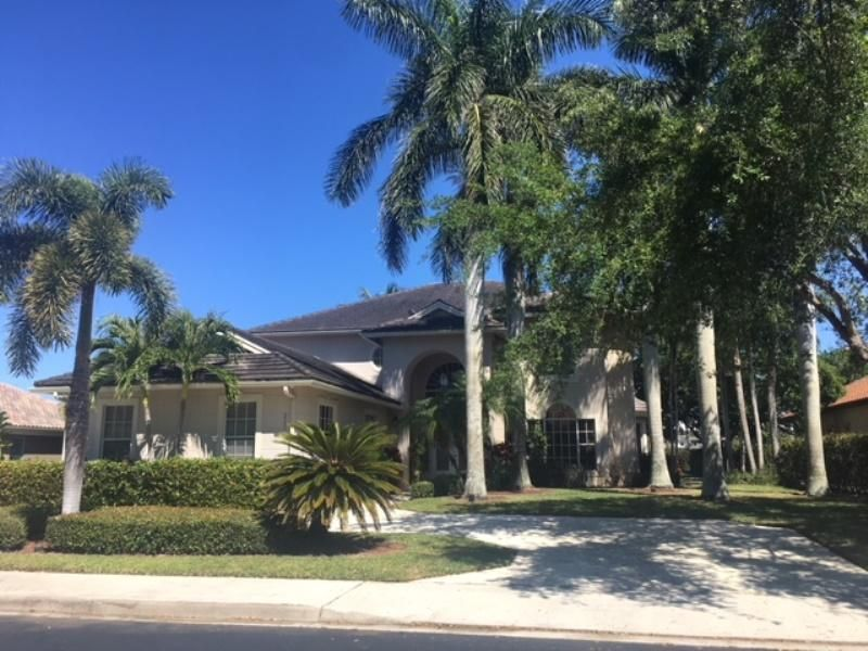 2580 Tecumseh Drive  West Palm Beach, FL 33409
