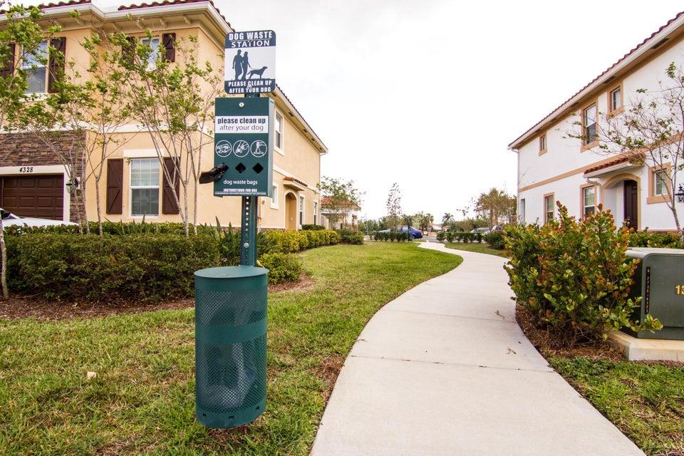 4313 Brewster Lane West Palm Beach, FL 33417 photo 7