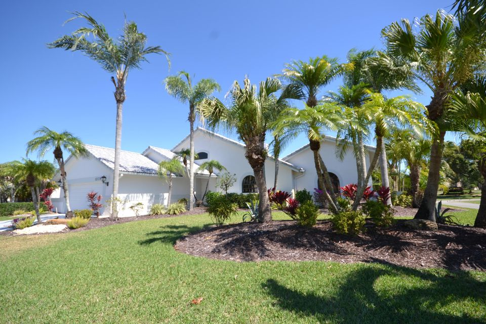 Single Family Home for Sale at 10795 Boca Woods Lane 10795 Boca Woods Lane Boca Raton, Florida 33428 United States