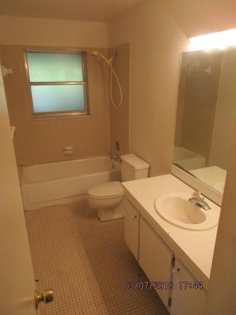 Photo of  Lake Worth, FL 33467 MLS RX-10416491