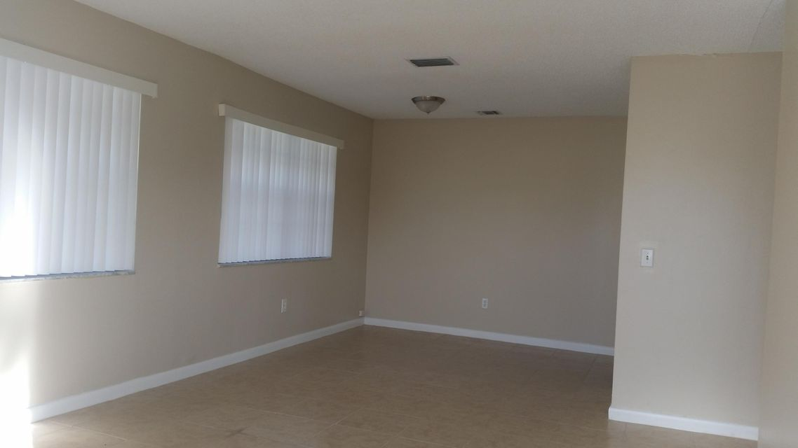 Duplex / Multiplex for Rent at 3936 Park Lane 3936 Park Lane Palm Springs, Florida 33406 United States
