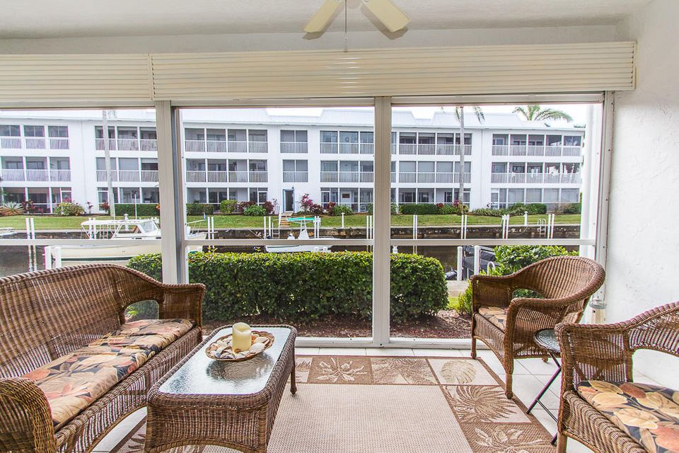 Condominium for Sale at 1856 SW Palm City Road # 102 1856 SW Palm City Road # 102 Stuart, Florida 34994 United States