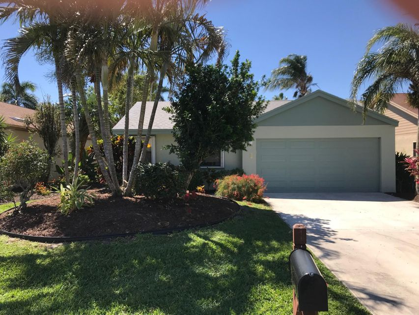Single Family Home for Sale at 2530 NW 13th Street 2530 NW 13th Street Delray Beach, Florida 33445 United States