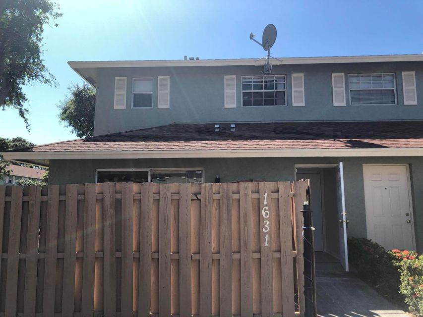 Townhouse for Rent at 1631 Cypress Way 1631 Cypress Way Palm Springs, Florida 33461 United States