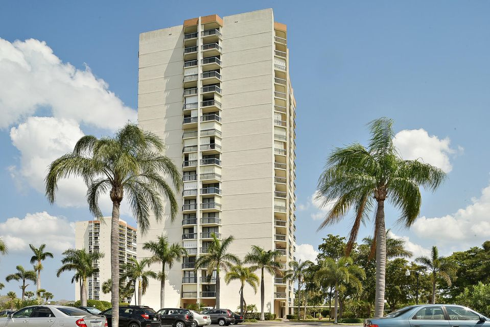 Home for sale in Jefferson Towers West Palm Beach Florida
