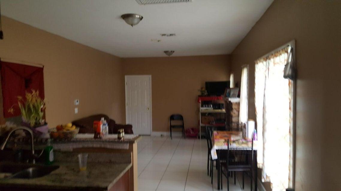 Additional photo for property listing at 439 46th Street 439 46th Street West Palm Beach, Florida 33407 Estados Unidos