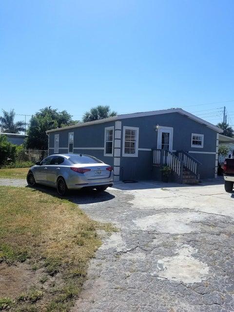 89 Crane Lane  West Palm Beach, FL 33415