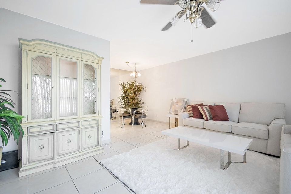 South Palm Beach Villas Condo 4501 S Ocean Boulevard