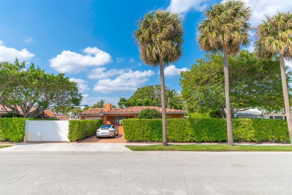 215 Summa Street West Palm Beach, FL 33405