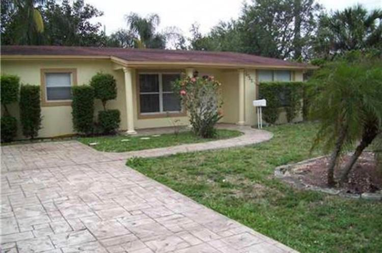 Home for sale in DRIFTWOOD ACRES NO 1 Hollywood Florida