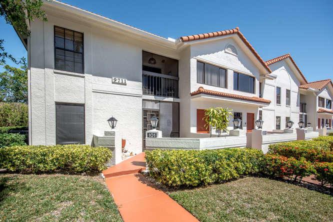 SUN VALLEY EAST CONDO home 9711 Pavarotti Terrace Boynton Beach FL 33437