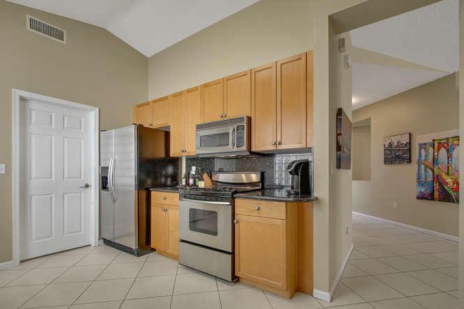 9838 Warner Lane Wellington, FL 33414 photo 3