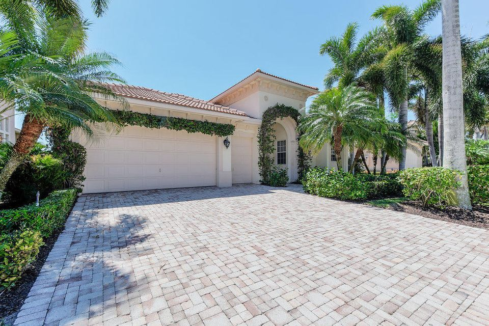 530 Les Jardin Drive - Palm Beach Gardens, Florida