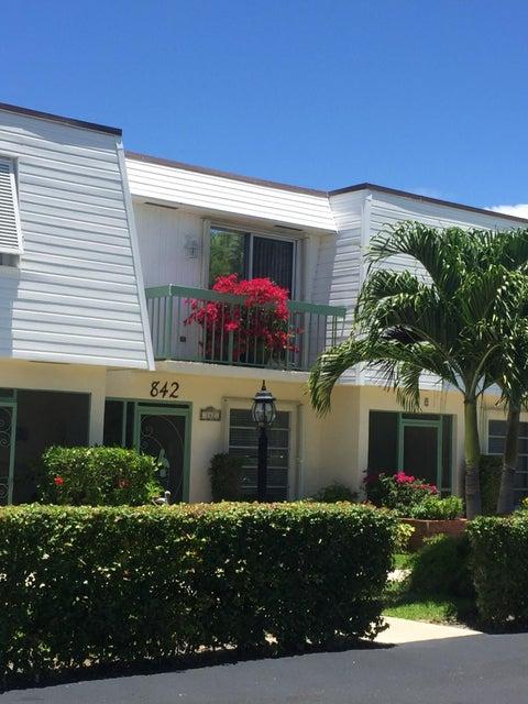 842 SE 19th Avenue 102  Deerfield Beach FL 33441
