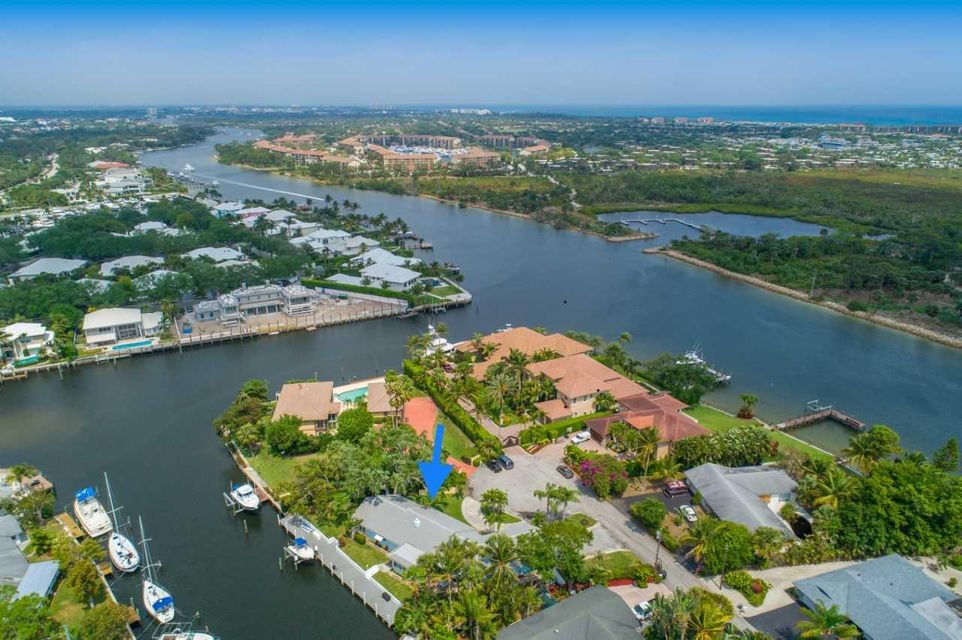14275 Paradise Point Road , Palm Beach Gardens FL 33410 is listed for sale as MLS Listing RX-10417284 28 photos