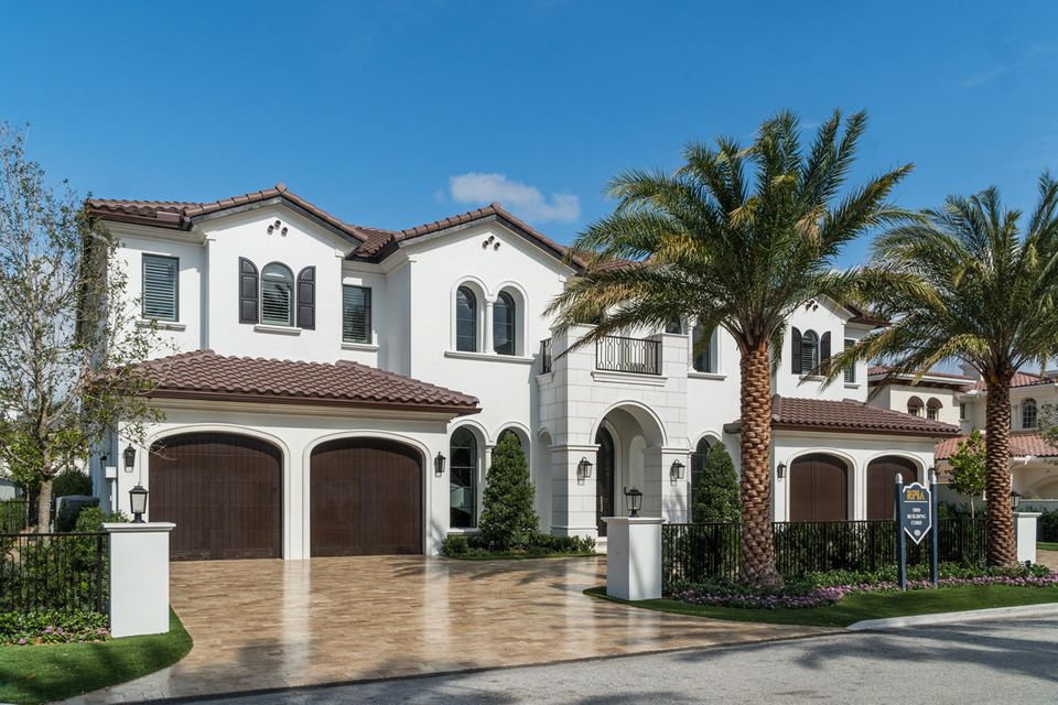 ROYAL PALM YACHT AND COUNTRY CLUB HOMES