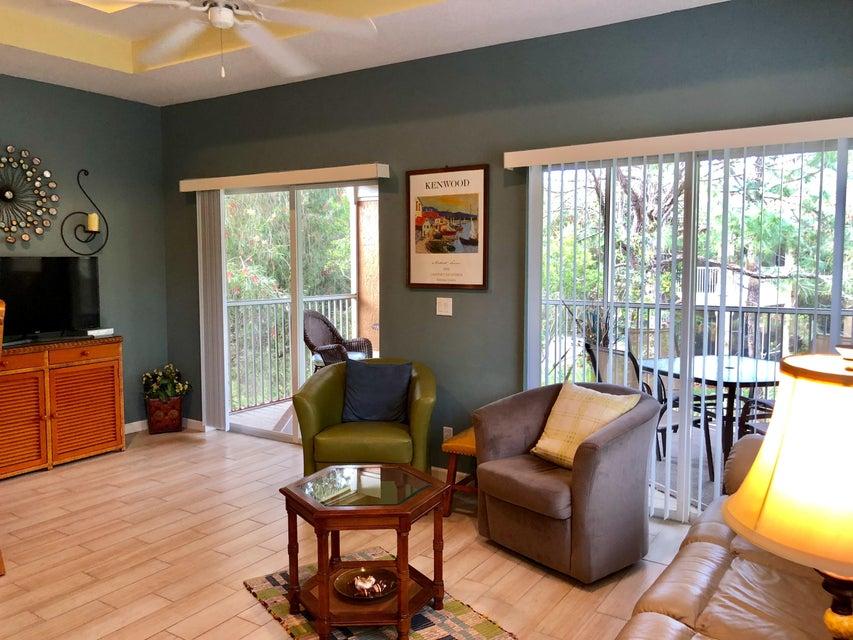CASTLE PINES CONDOMINIUM home on 8247  Mulligan Circle