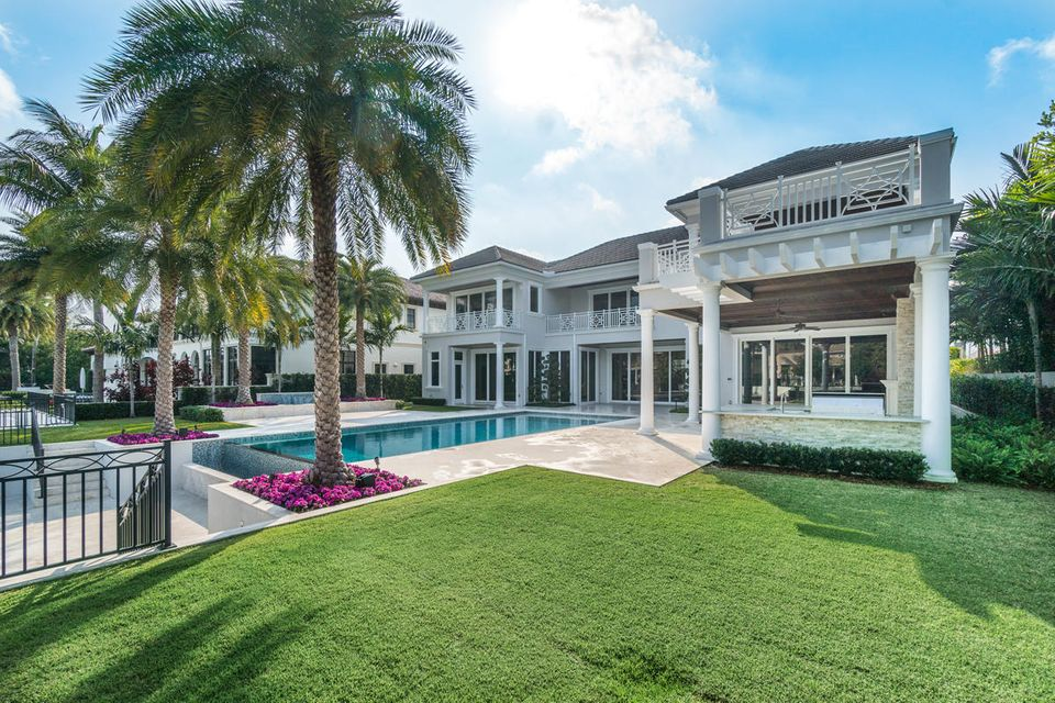 ROYAL PALM YACHT AND COUNTRY CLUB REALTOR