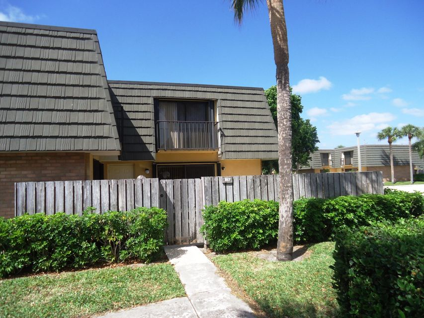 Home for sale in VILLAGE OF SANDALWOOD LAKES 1 West Palm Beach Florida