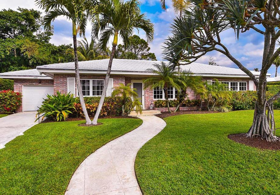 1465 Laurie Lane , Palm Beach FL 33480 is listed for sale as MLS Listing RX-10389199 16 photos