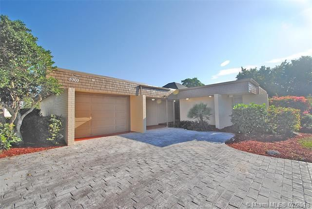 107 Waterview Drive