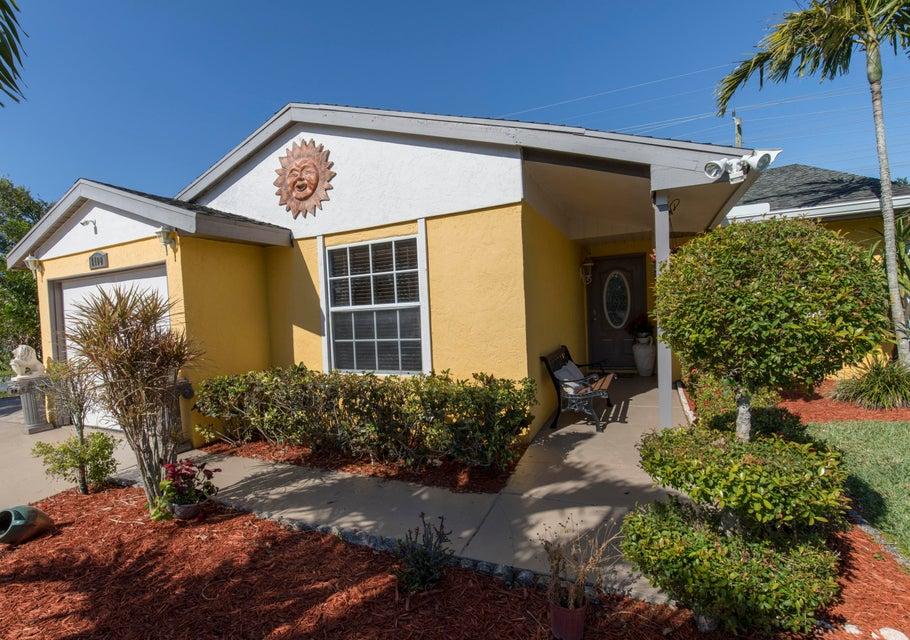 1100 Grandview Circle Royal Palm Beach, FL 33411 photo 1