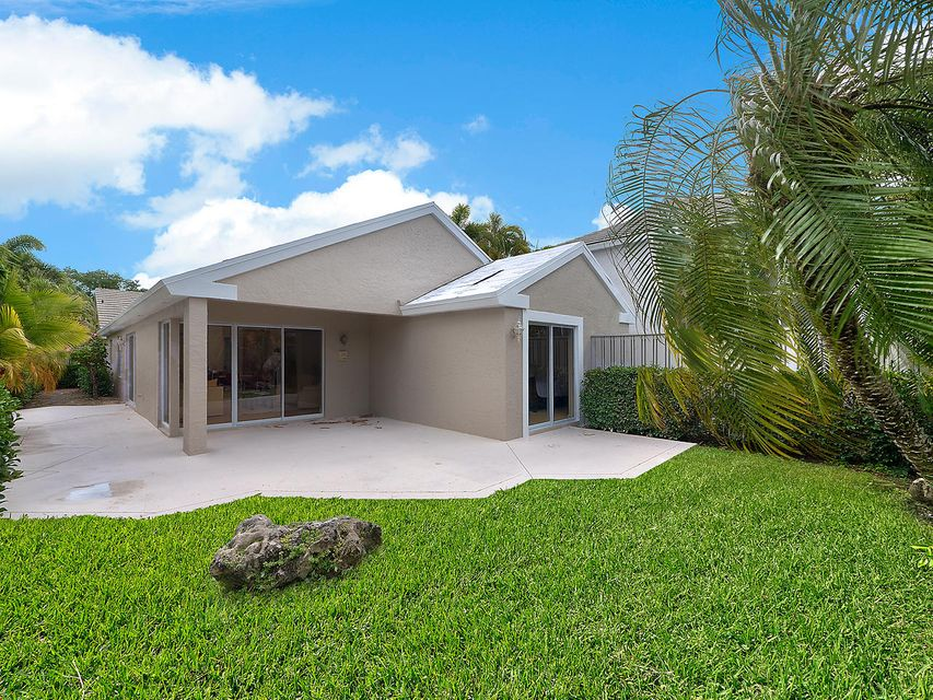 11 Commodore Place Palm Beach Gardens, FL 33418 | MLS RX-10416744 ...