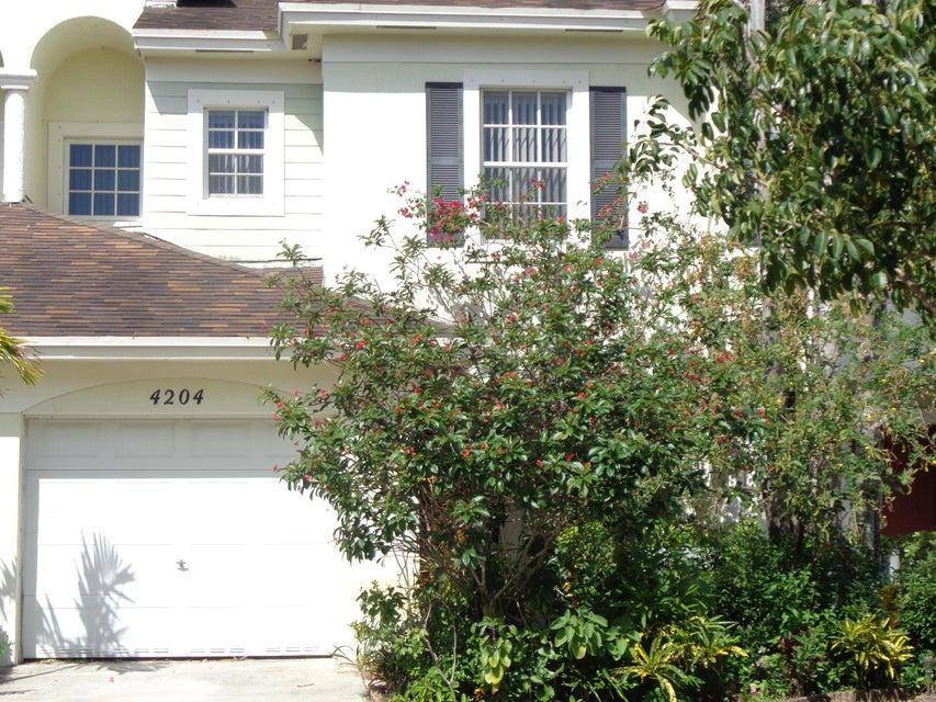 4204 Emerald Vista  Lake Worth, FL 33461