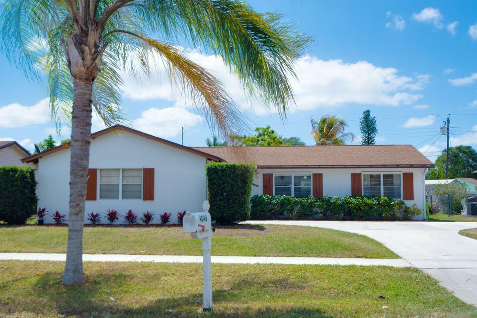Home for sale in GREENBRIER Palm Springs Florida