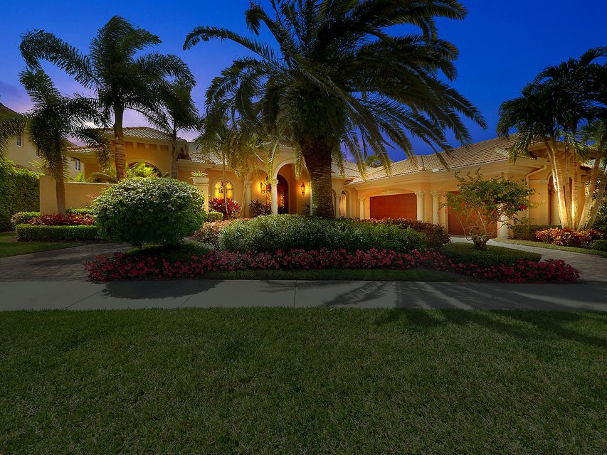 126 Playa Rienta Way , Palm Beach Gardens FL 33418 is listed for sale as MLS Listing RX-10424306 33 photos