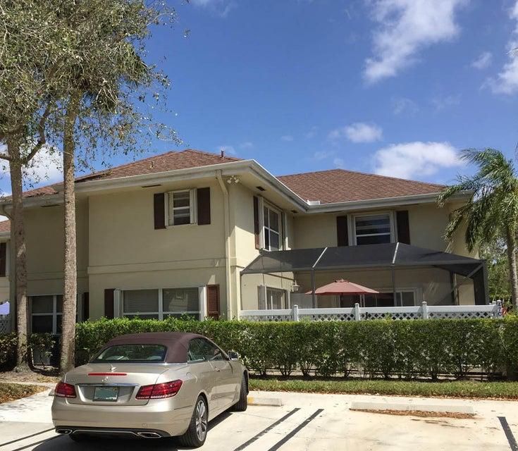 47 Essex Court C Royal Palm Beach, FL 33411 photo 2