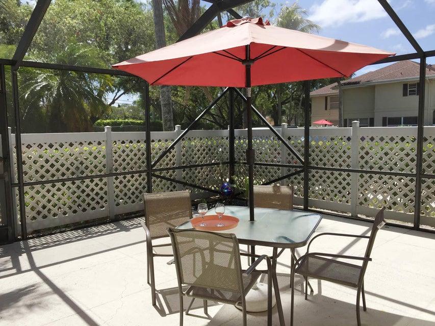 47 Essex Court C Royal Palm Beach, FL 33411 photo 3