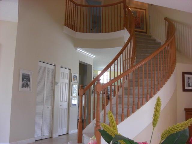 6581 Stonehurst Circle Lake Worth, FL 33467 photo 2