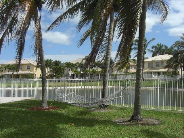 6581 Stonehurst Circle Lake Worth, FL 33467 photo 34