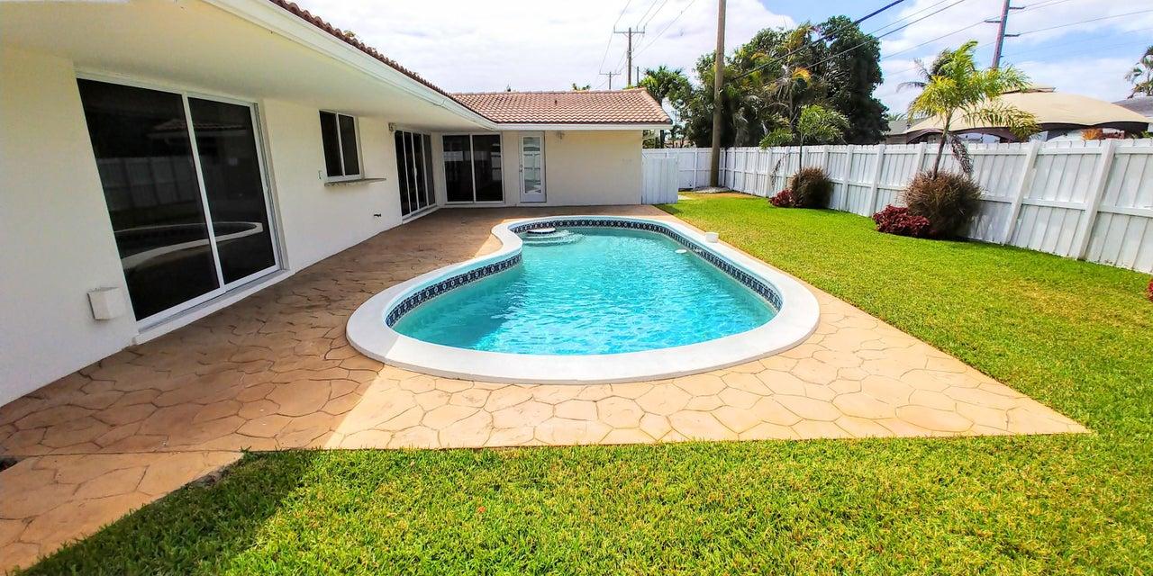 5761 NE 18th Terrace  Fort Lauderdale FL 33308