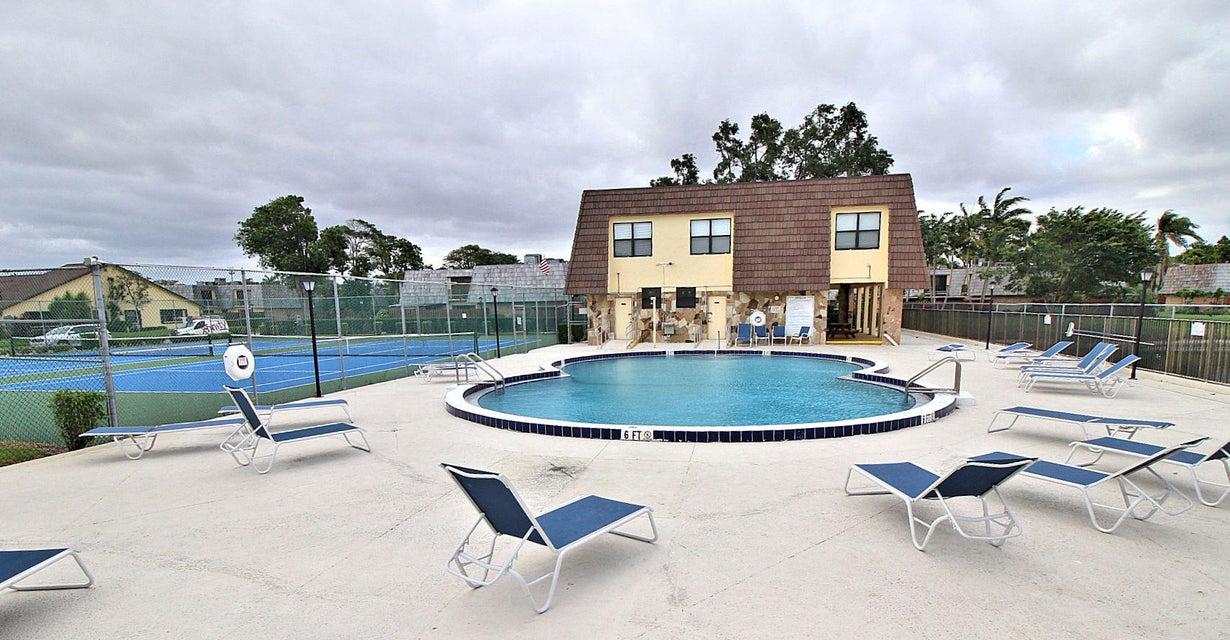 141 Springdale Circle Palm Springs, FL 33461 photo 22
