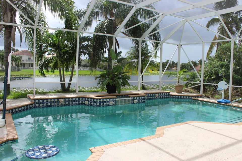 4077 Bahia Isle Circle  Wellington, FL 33449