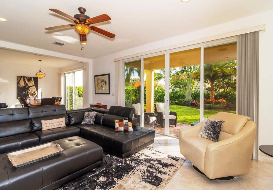 9180 Dupont Place Wellington, FL 33414 small photo 1