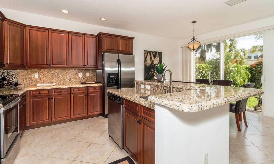 9180 Dupont Place Wellington, FL 33414 small photo 9