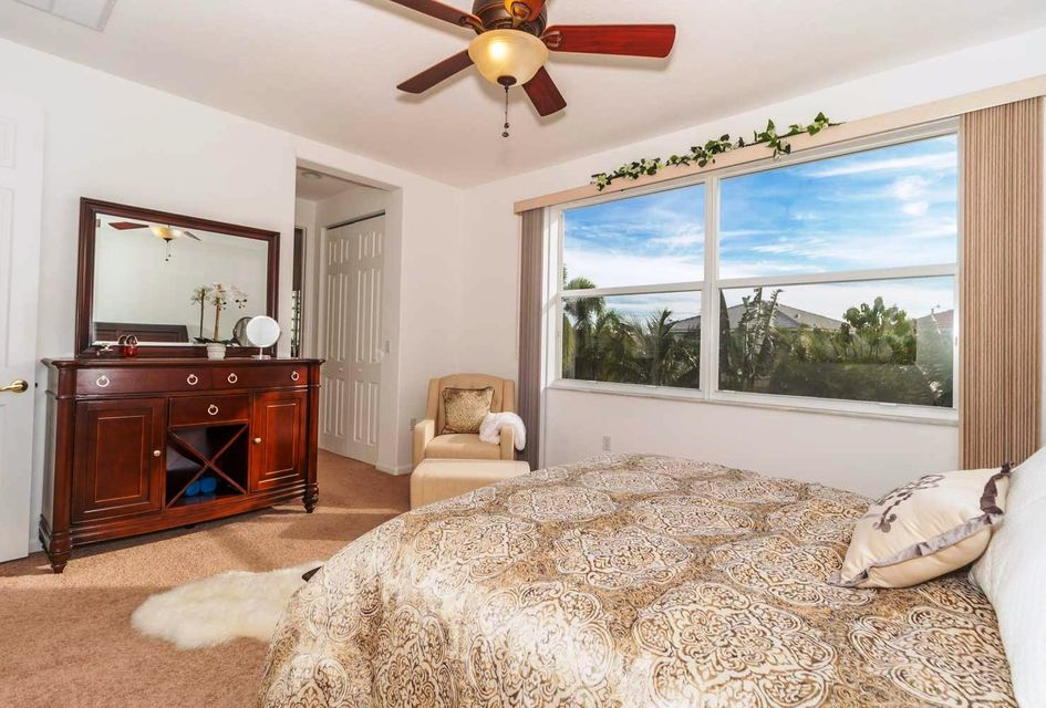 9180 Dupont Place Wellington, FL 33414 small photo 11