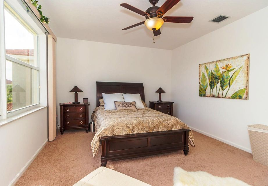 9180 Dupont Place Wellington, FL 33414 small photo 13