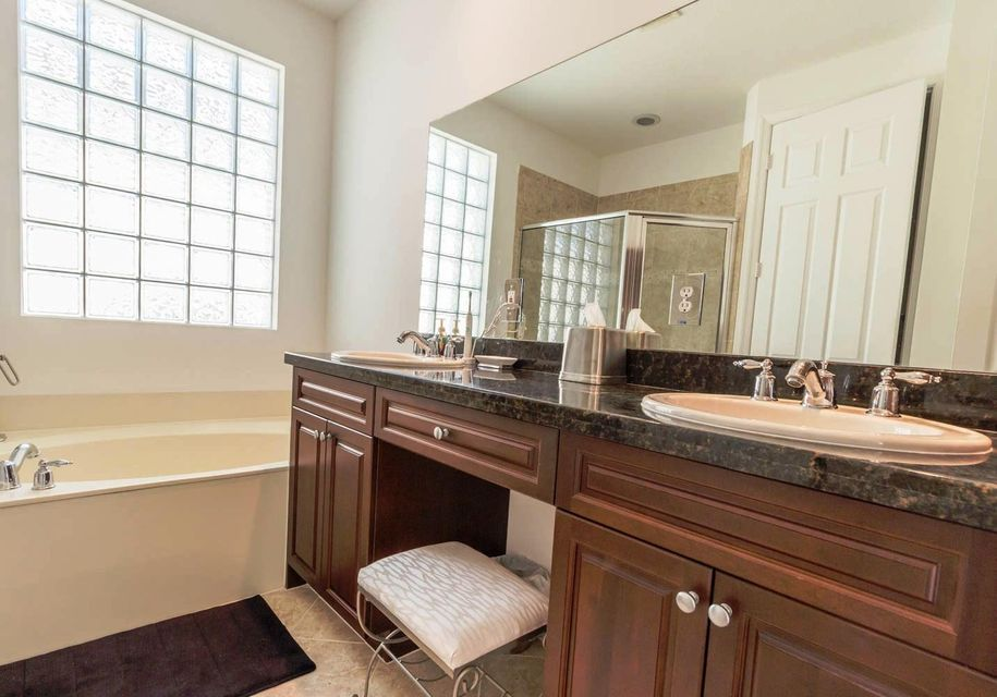 9180 Dupont Place Wellington, FL 33414 small photo 16