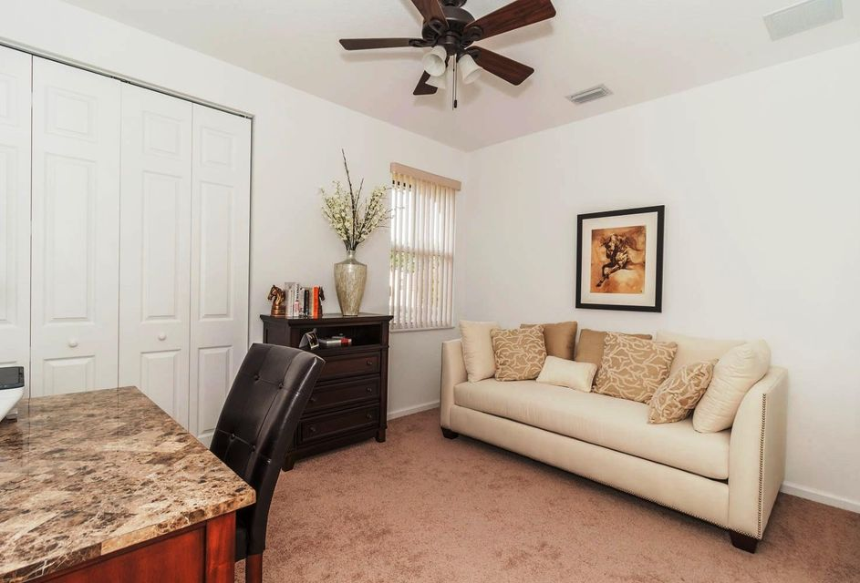 9180 Dupont Place Wellington, FL 33414 small photo 19