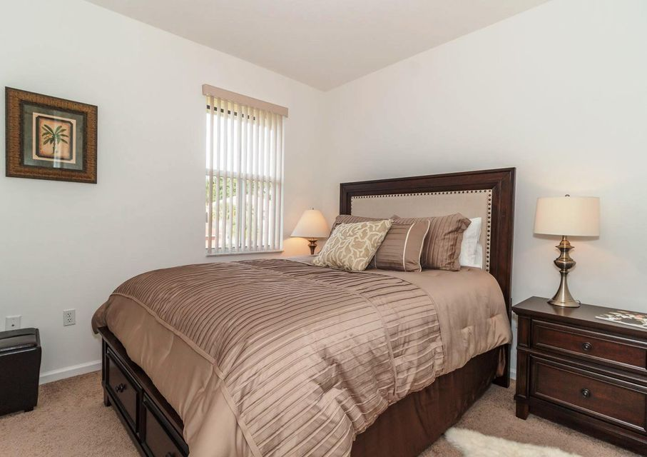 9180 Dupont Place Wellington, FL 33414 small photo 21