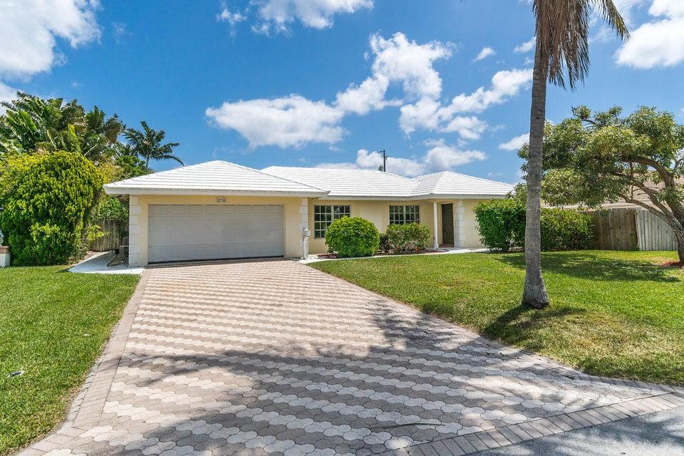 2730 NE 4th Way, Boca Raton in Palm Beach County, FL 33431 Home for Sale