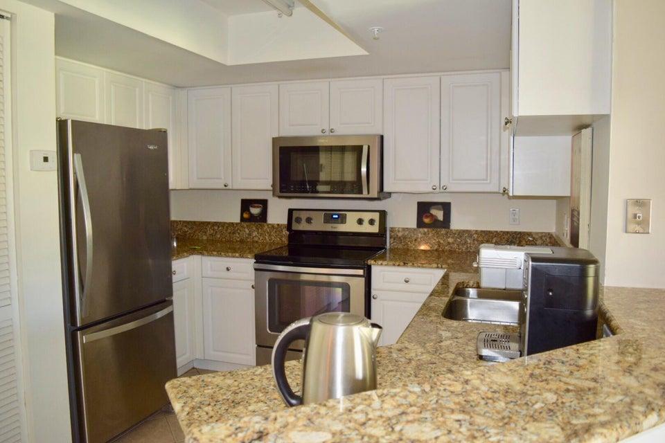 500 Crestwood Court 514 Royal Palm Beach, FL 33411 photo 5
