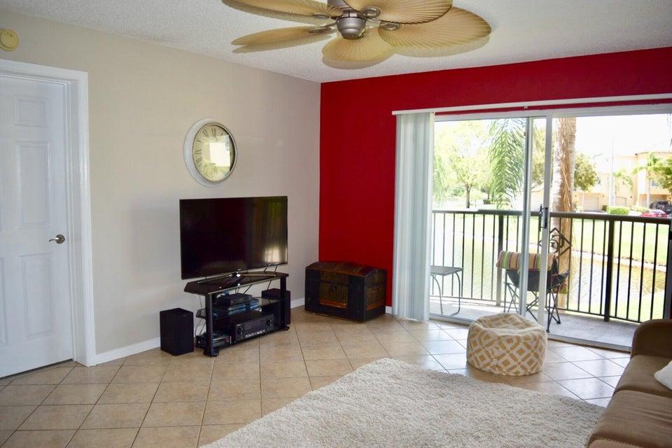 500 Crestwood Court 514 Royal Palm Beach, FL 33411 photo 10