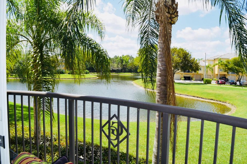 500 Crestwood Court 514 Royal Palm Beach, FL 33411 photo 11