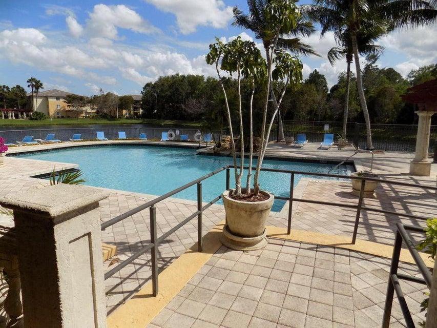 500 Crestwood Court 514 Royal Palm Beach, FL 33411 photo 23