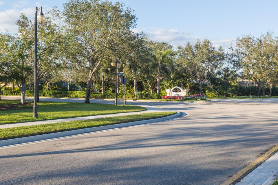 185 Sedona Way , Palm Beach Gardens FL 33418 is listed for sale as MLS Listing RX-10418948 25 photos